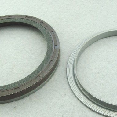 Isuzu Felt Oil Seal 8-97602379-0 和8-97329780-0